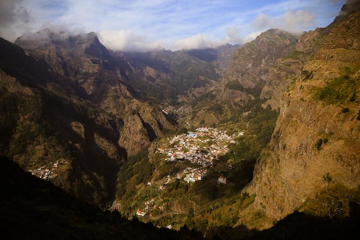 Curral das Freiras vista da Eira do Serrado- Madeira © Débora Pinto