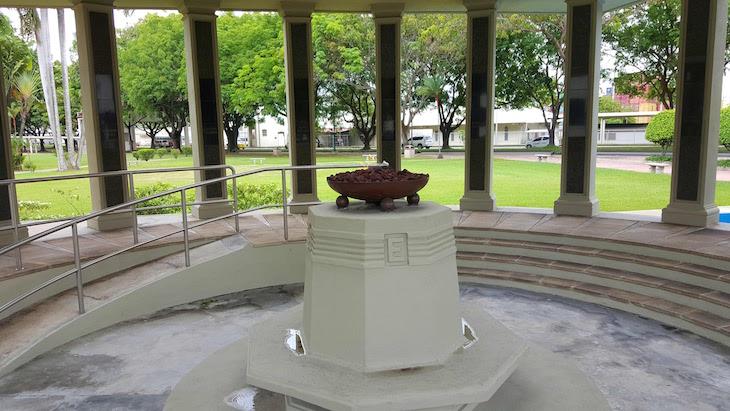 Monumento de homenagem aos Mártires de 64 - Cidade do Panamá © Viaje Comigo