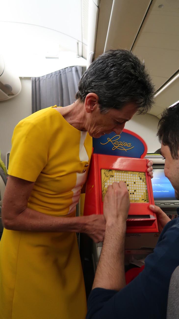 """Rosa Mota com o """"fura"""" - Retrojet TAP para Recife © Viaje Comigo"""