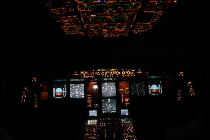 No cockpit - Retrojet TAP para Recife © Viaje Comigo