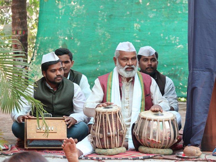 Música em Pinguli - Sindhudurg - India © Viaje Comigo