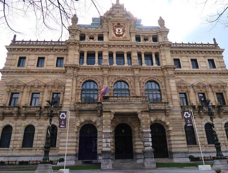 Palácio da Deputação Foral da Biscaia - Bilbau © Viaje Comigo