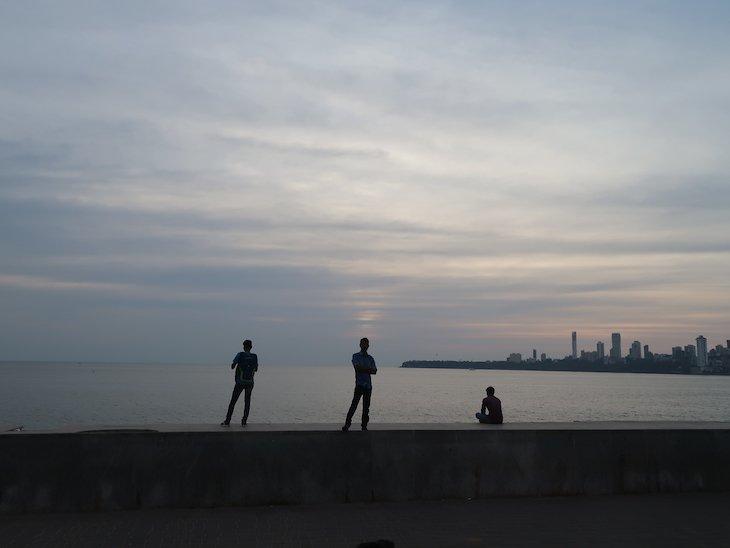 Beira mar de Bombaim - India © Viaje Comigo