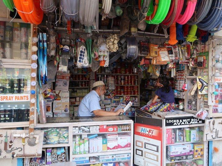 Lojas de Bombaim - India © Viaje Comigo