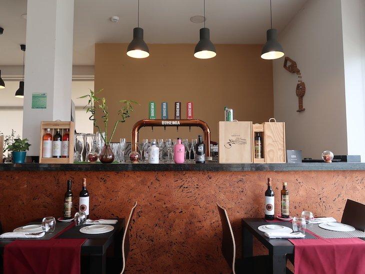 Bar do Restaurante Fornalha, Matosinhos © Viaje Comigo