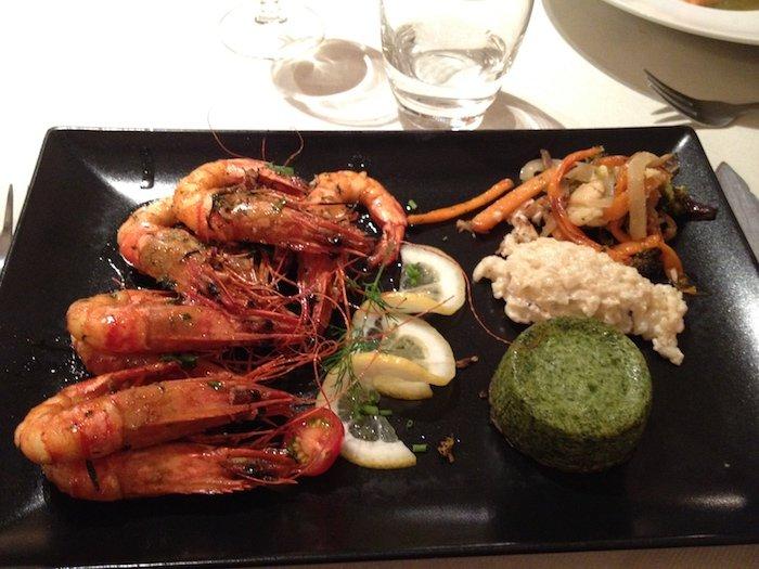 Prato no restaurante Le Lion d'Or © Viaje Comigo