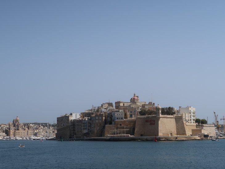 Vista de La Valetta para as Três Cidades: Vittoriosa (Birgu). Senglea e Cospicua - Malta © Viaje Comigo