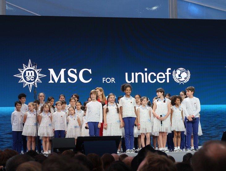 Piccolo Coro Dell'Antoniano - cerimónia de batismo do MSC Seaview © Viaje Comigo