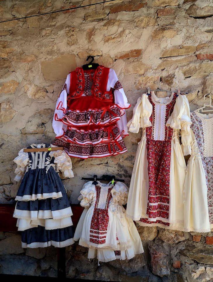 Dentro da cidadela - Rasnov - Transilvânia - Roménia © Viaje Comigo