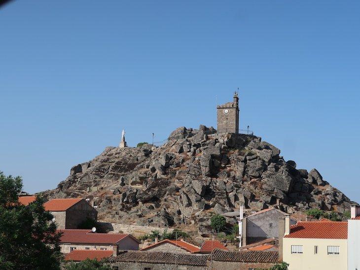 Torre do Relógio - Mêda - Portugal © Viaje Comigo