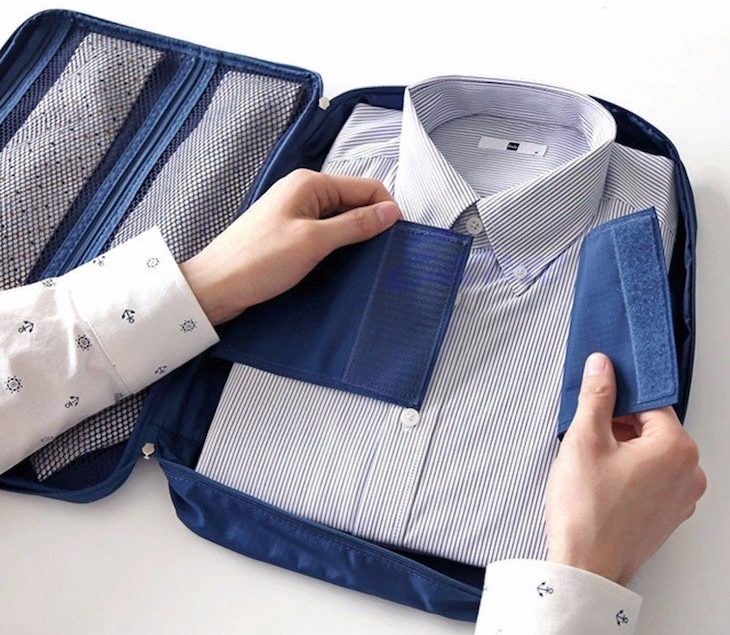 Em viagem organizador só para as camisas
