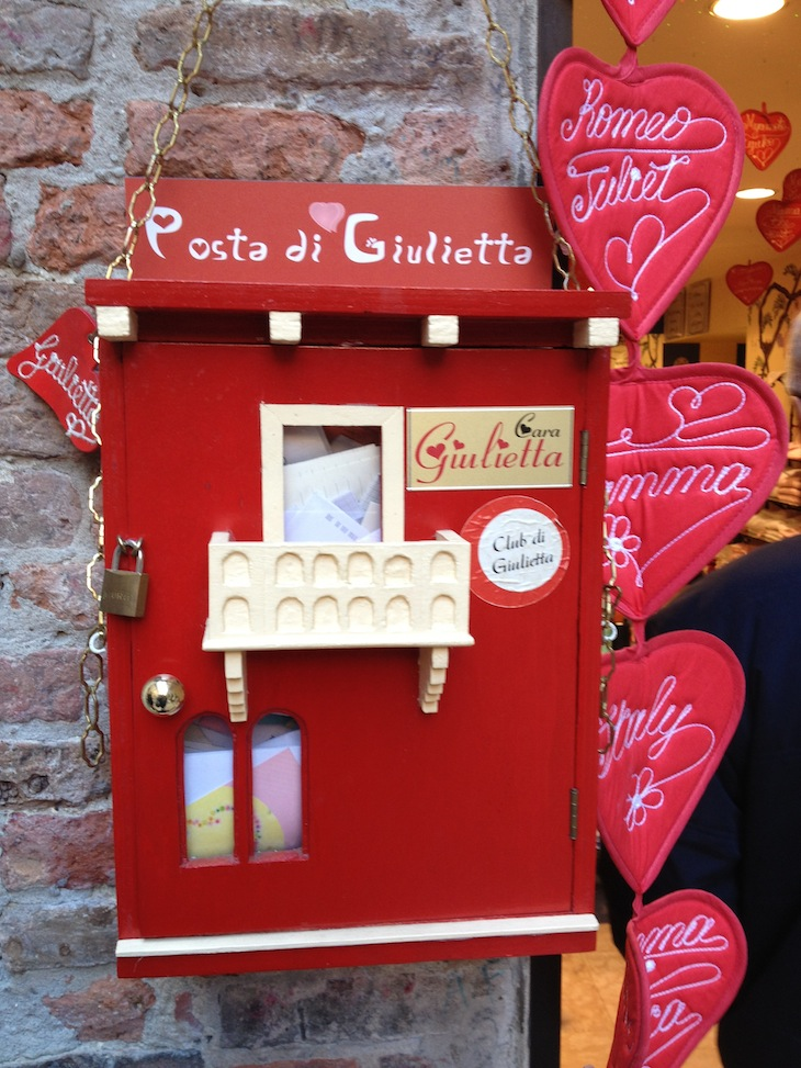 Onde colocar os postais para Julieta, Verona