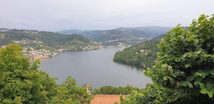 Vista do Douro - junto da Quinta da Bouça Agroturismo- Marco Canaveses - Portugal © Viaje Comigo