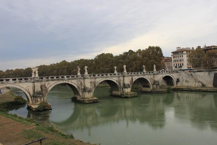 Ponte frente ao Castelo de Sant'Angelo