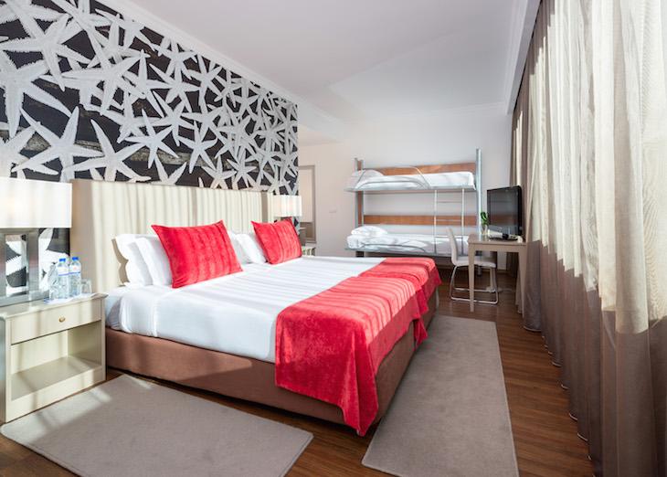 Quarto Family Hotel Tryp Oriente DR