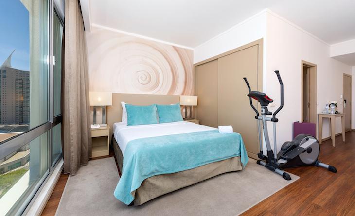 Quarto Fitness Hotel Tryp Lisboa Oriente DR