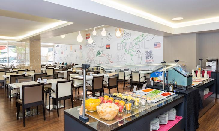 Sala dos pequenos-almoços e Restaurante do Hotel Tryp Lisboa Oriente DR