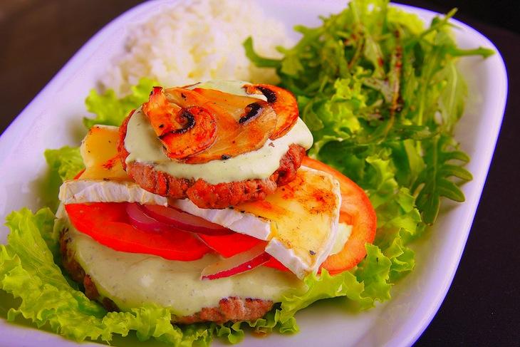 Mediterranean Burger Café Rio Casino Lisboa