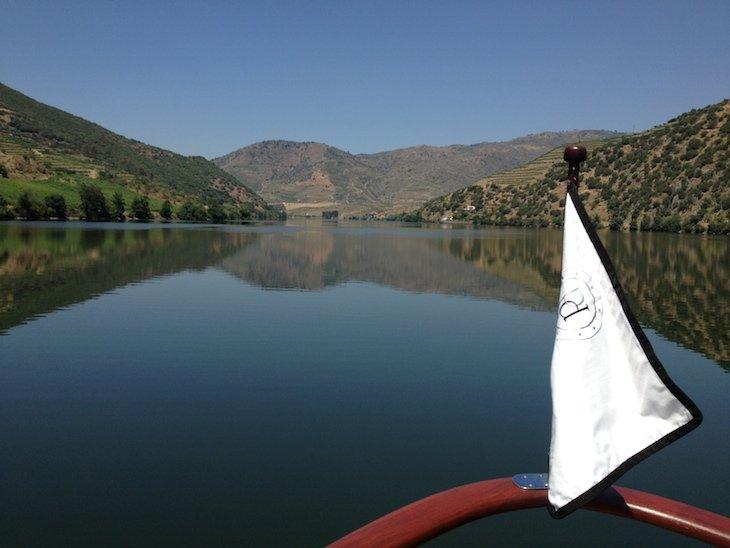 Barco Pipadouro - rio Douro - Portugal © Viaje Comigo