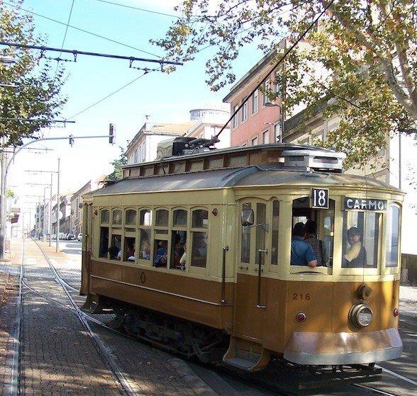Carro Elétrico do Porto © Viaje Comigo