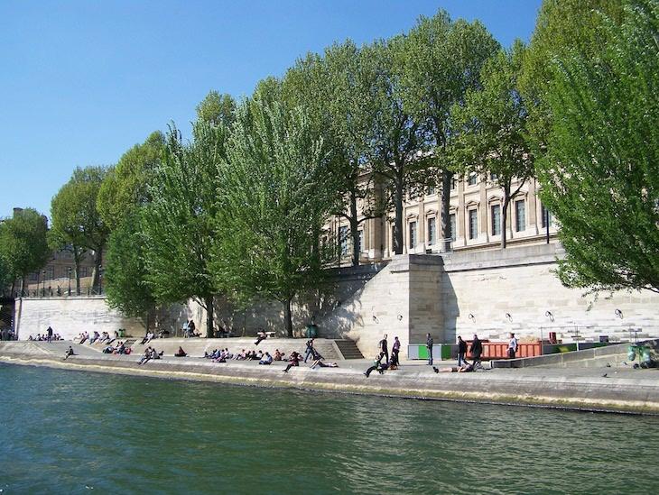 Beira-rio do Sena, Paris © Viaje Comigo