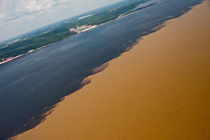 Encontro do Rio Negro e Solimões