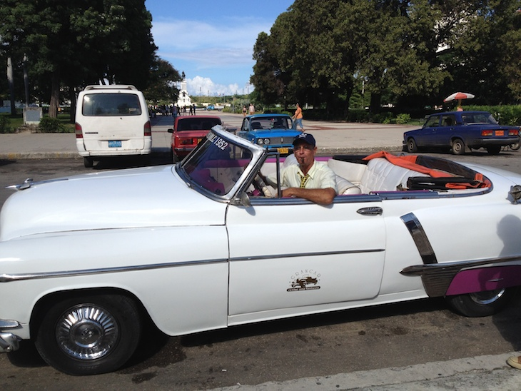 Jorge o o seu Cadillac - Havana - Cuba © Viaje Comigo