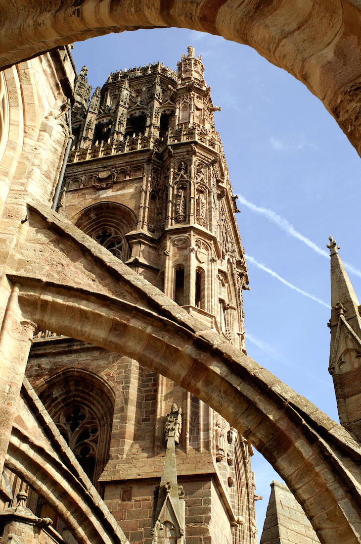 Catedral de Notre Dame de Rodez, Aveyron, França © Viaje Comigo