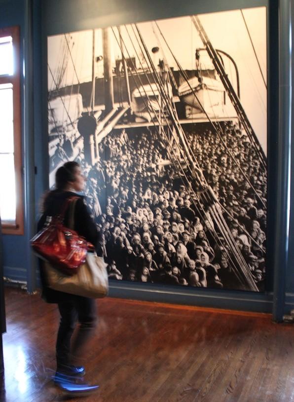 Fotografia de barco de imigrantes, Ellis Island