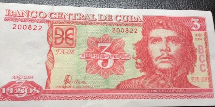 Nota de 3 Pesos Cubanos com Che Guevara