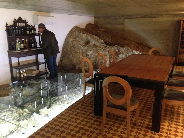 Sala de provas de vinhos no Alentejo Marmòris Hotel