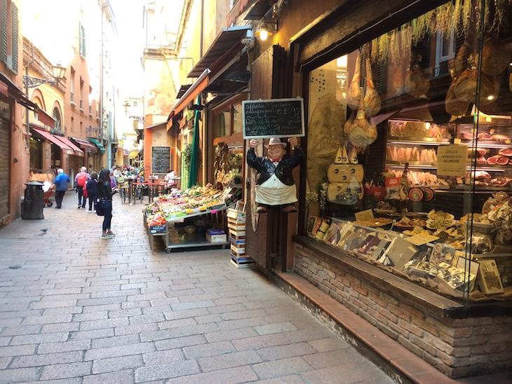 Lojas de comércio tradicional com produtos alimentares
