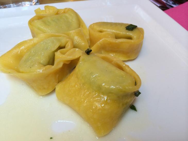 Tortellini no restaurante Clavature