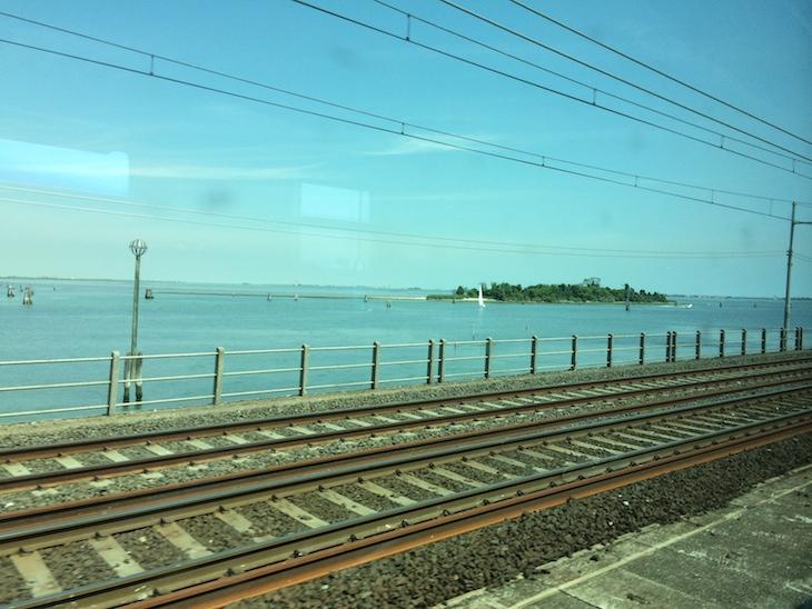 Comboio a chegar a Veneza