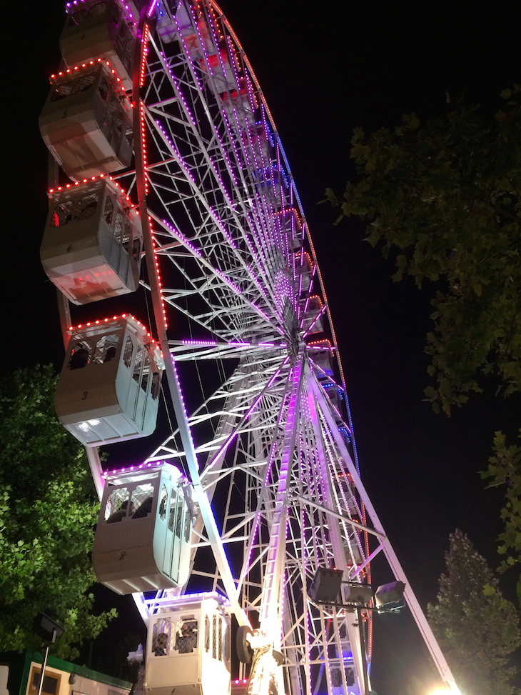 Roda gigante nas festas de São João