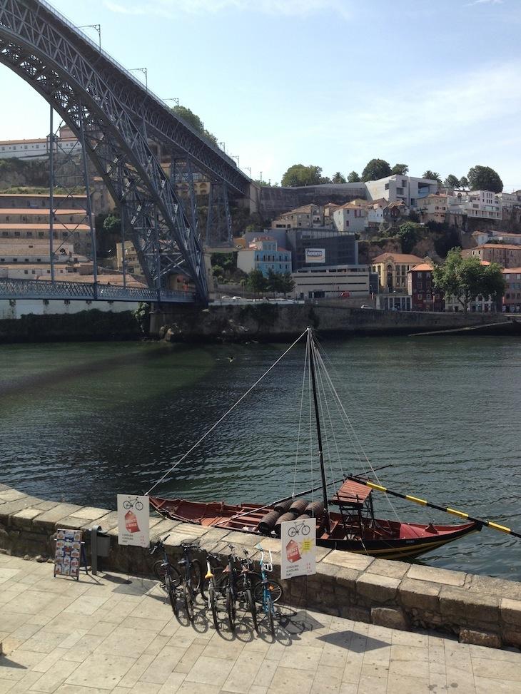 Barco rabelo e ponte Luis I