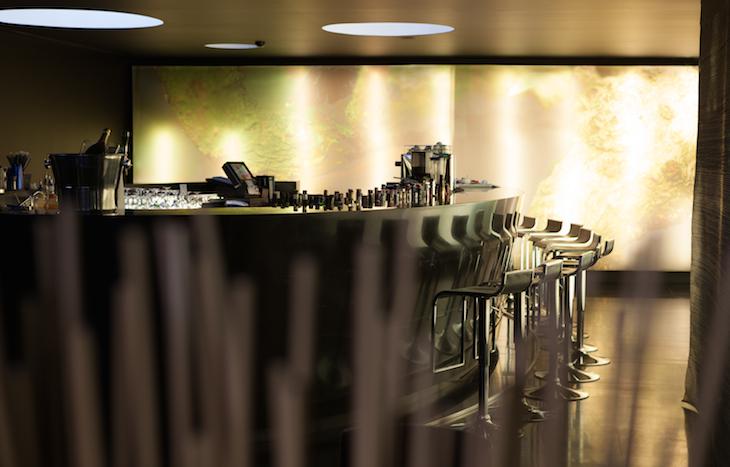 Bar Fontana do DoubleTree by Hilton Lisbon Fontana Park