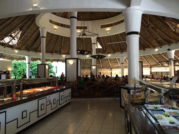 Pequeno-almoço no Be Live Canoa, Bayahibe, República Dominicana
