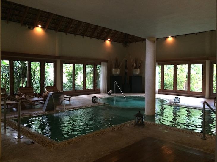 Piscina interior do Zoëtry Agua Punta Cana, República Dominicana