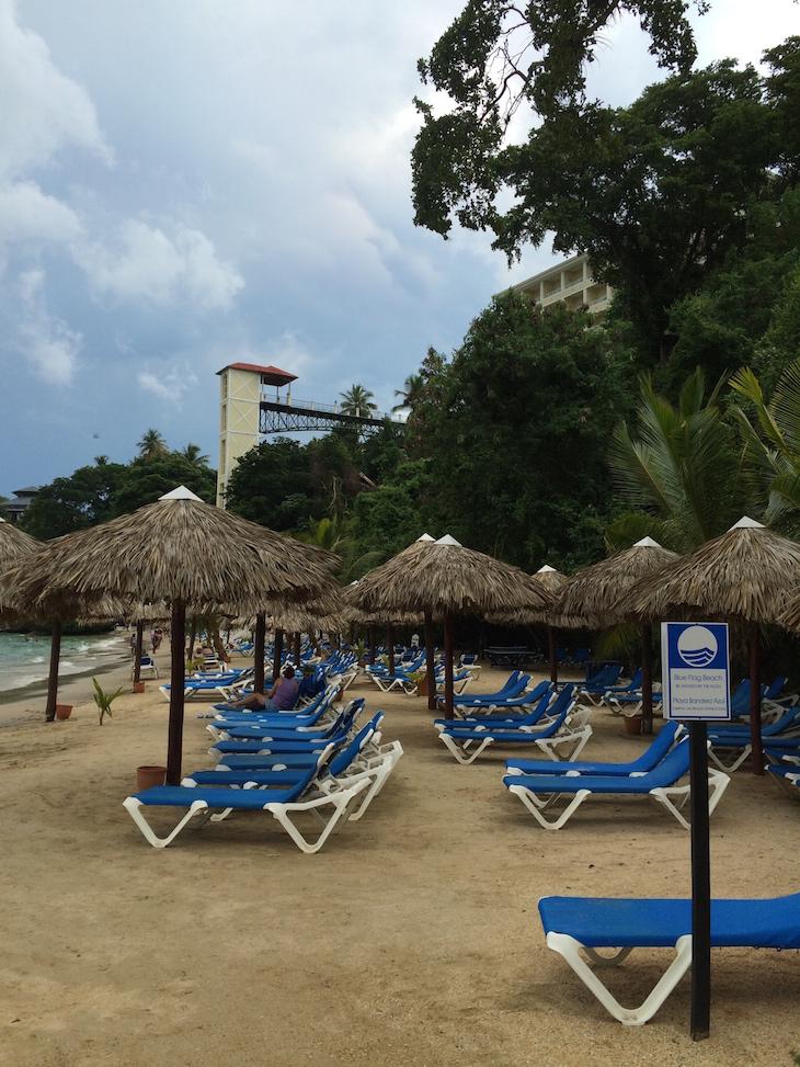 Na praia do Hotel Bahia Principe Cayacoa, República Dominicana
