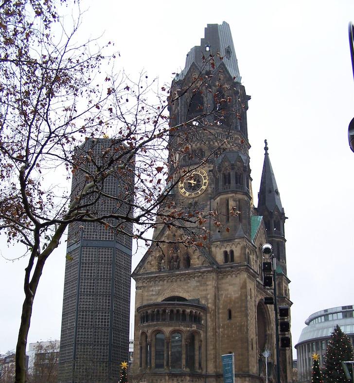 Kaiser-Wilhelm-Gedächtnis-Kirche, Berlim © Viaje Comigo