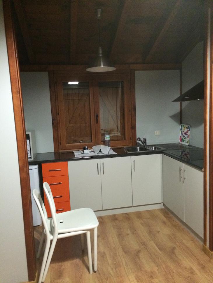 Cozinha no Bungalow do Parque Biológico de Vinhais