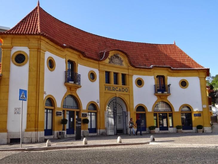 Edifício do antigo Mercado de Santana, hoje em dia transformado em Centro Cultural