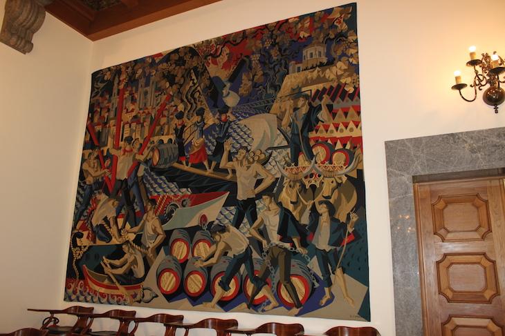 """Tapeçaria """"A Faina no Douro"""""""