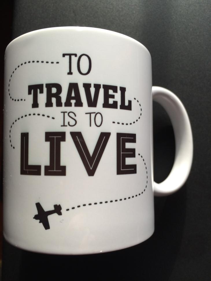 Caneca Viaje Comigo To Travel is To Live - brevemente disponível