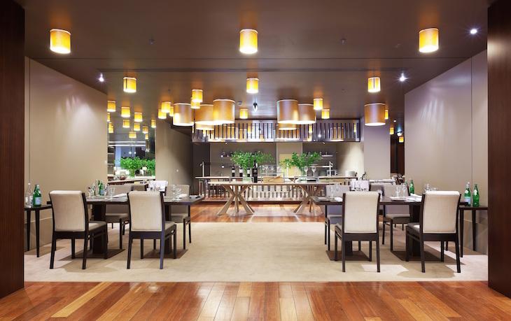 Restaurante Food & Friends Holiday Inn Porto-Gaia
