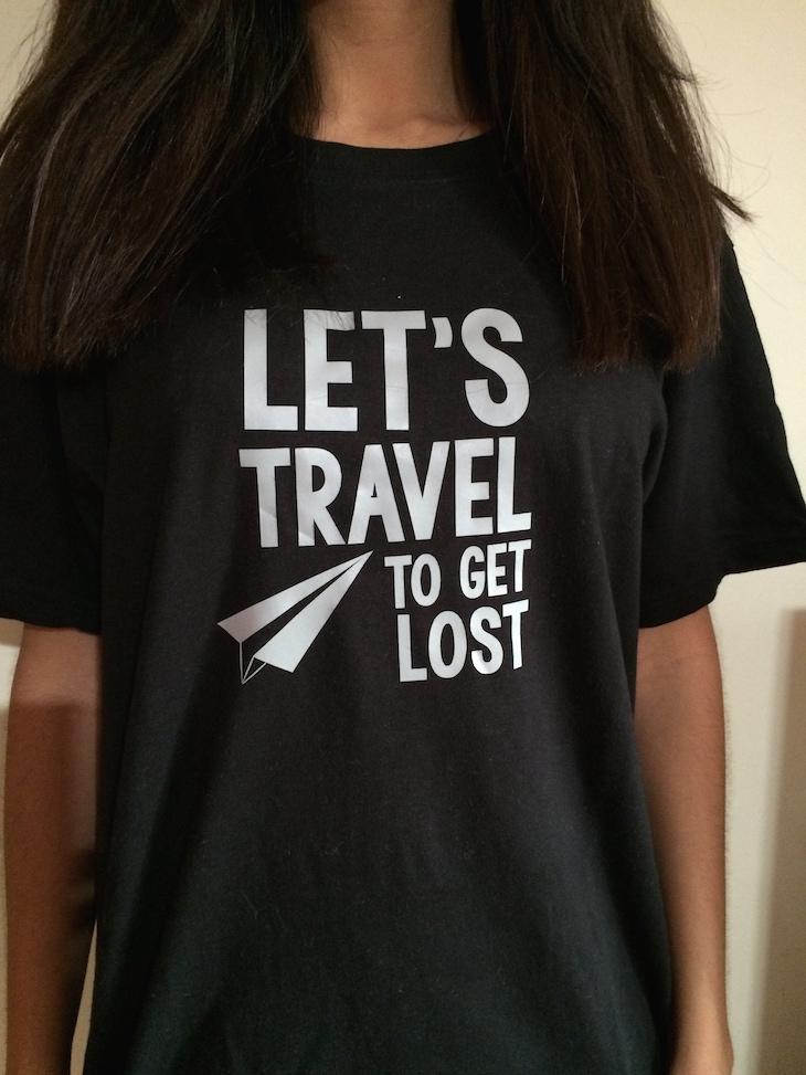 T-shirt preta Viaje Comigo - brevemente disponível