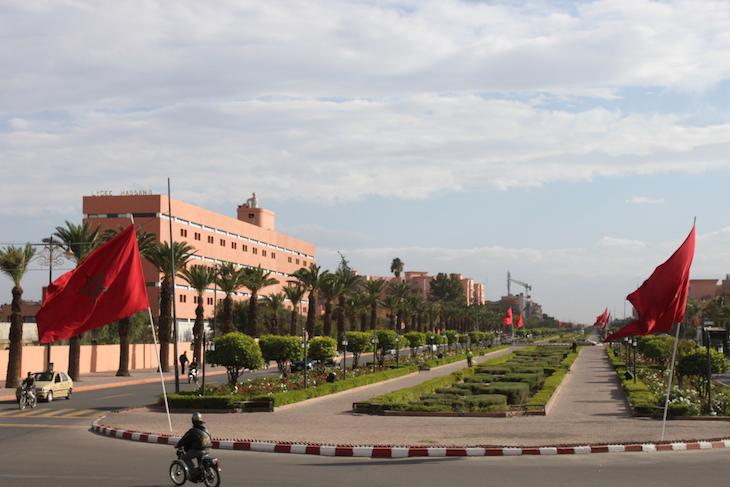Avenida na cidade nova de Marraquexe