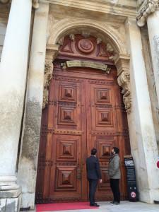 Entrada da biblioteca Joanina da Universidade de Coimbra