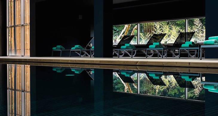 Piscina interior do Furnas Boutique Hotel Thermal & Spa ©Nickolas Bayntun